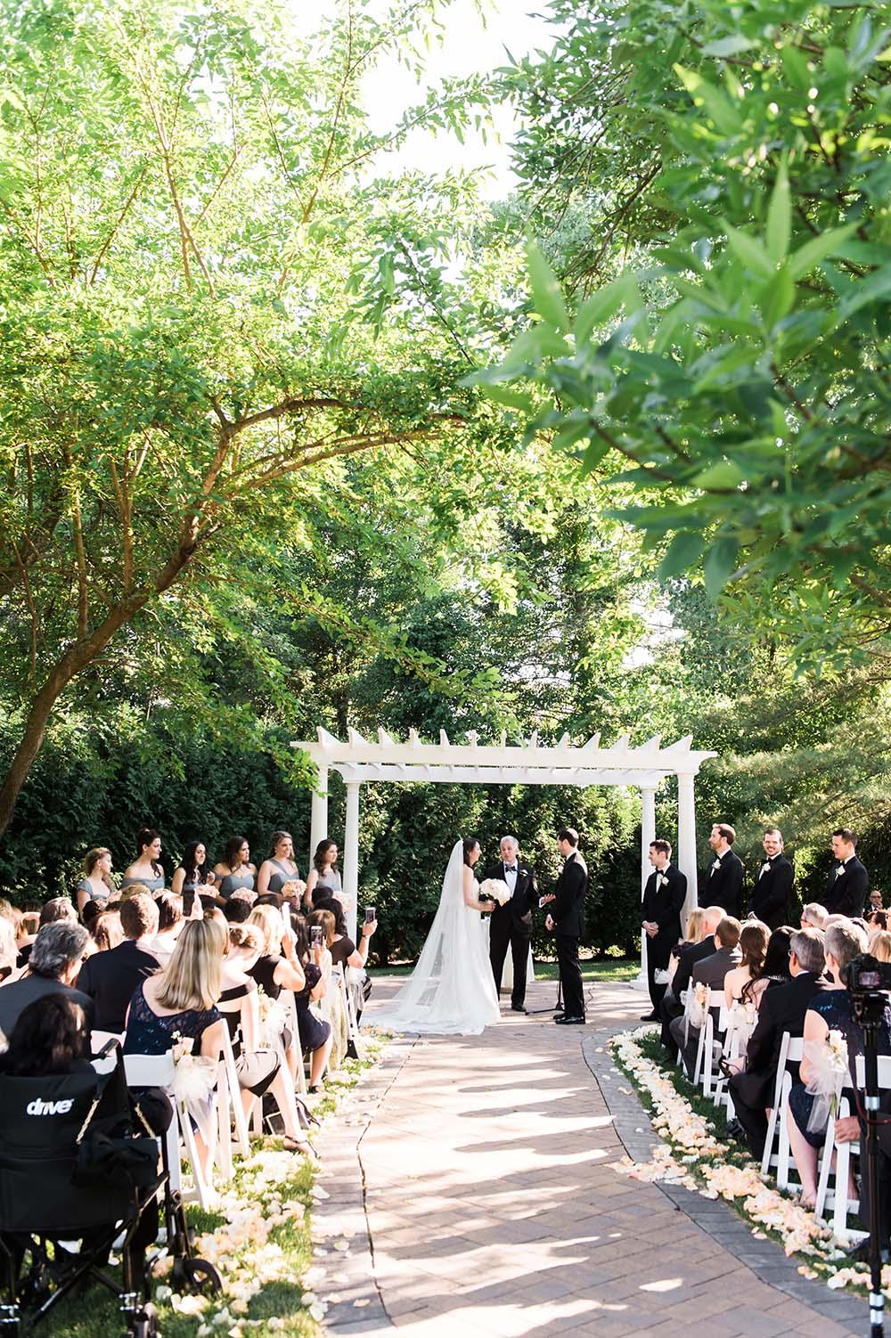 farmington-gardens-wedding-greg-lewis-photography-29